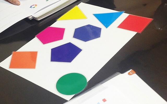 色と形のカラーカード・カラーセラピー